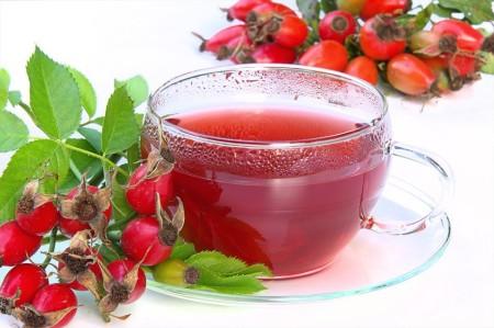 Чай из плодов шиповника (дикой розы)