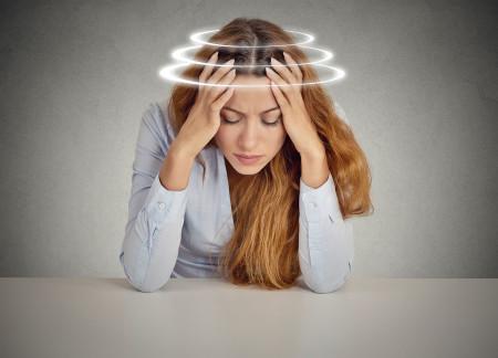 Как появляется головокружение при нормальном давлении?