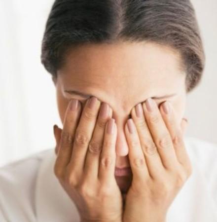 Беспокоит внутричерепное давление: симптомы