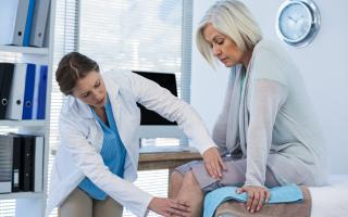 Лечение остеоартроза коленного сустава 2 степени: применение консервативных методов и народных средств