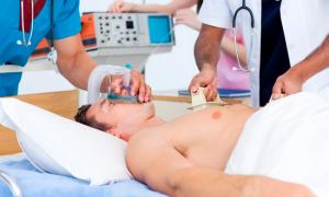 Как лечить аритмию и низкое давление правильно: оказание первой помощи