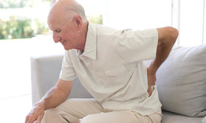 Почему может хрустеть позвоночник, в каких случаях нужно обратиться к врачу